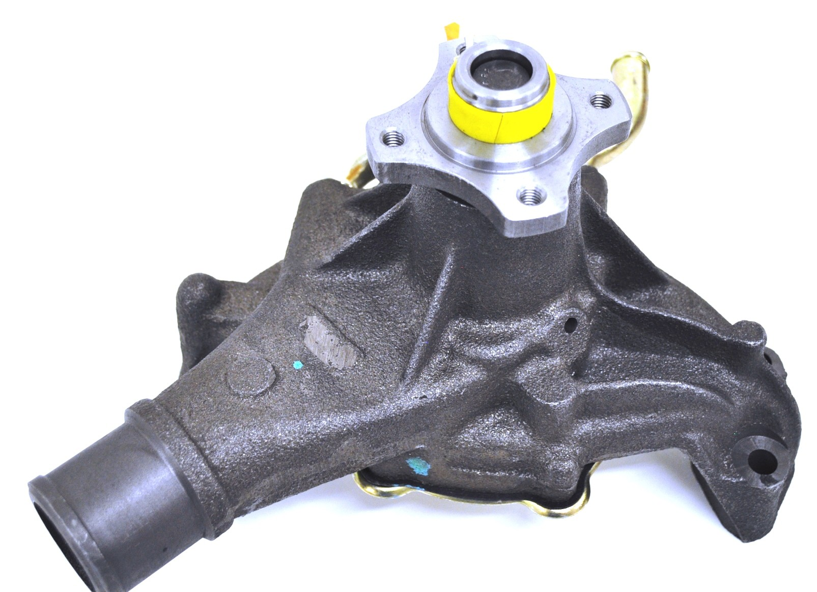 GMB Water Pump New for Chevy Olds Suburban Express Van S10 130-1820