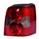 New Valeo Rear Right Lamp w/ Bulbholder / W8 version w/ Gasket for VW 044713